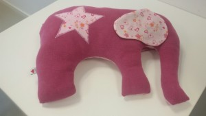 großer Kuschel- Elefant